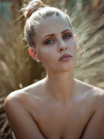 Model Marie-Sophie # 54745