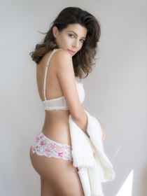 Model Sofia #56137