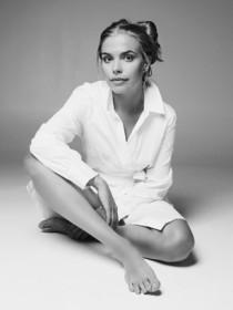 Model Julie #57601