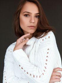 Model Elina #64556