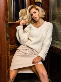 Júlia modell # 64915