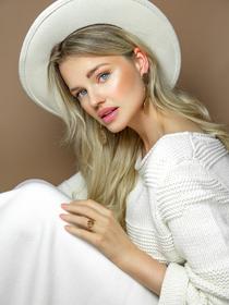 Model Tess Alexandra #67979