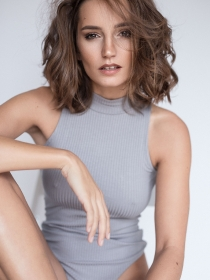Model Janina #8347