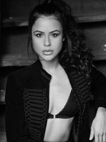Model Laura Elvira #36540