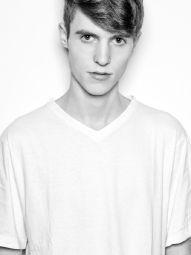 Model Justin #38142