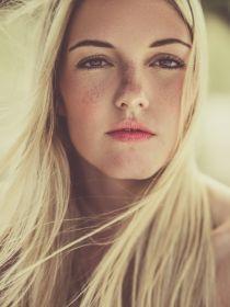 Model Laura #39640