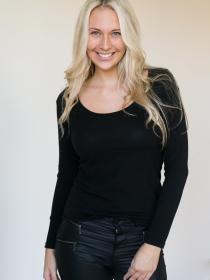 Model Michelle #54072