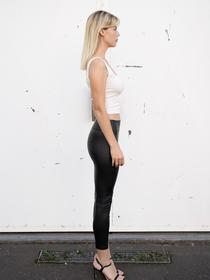 Model Ina #51818