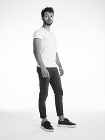 Model Daniel Mukunda # 64109