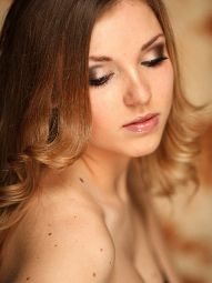 Model Sabrina #42350