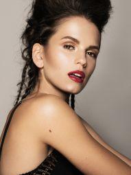 Model Sara #44551