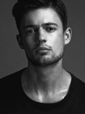 Model Lukas