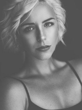 Μοντέλο Laura