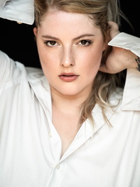 Model Alexandra